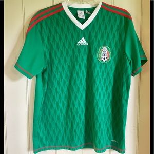 Awesome Adidas México soccer jersey!